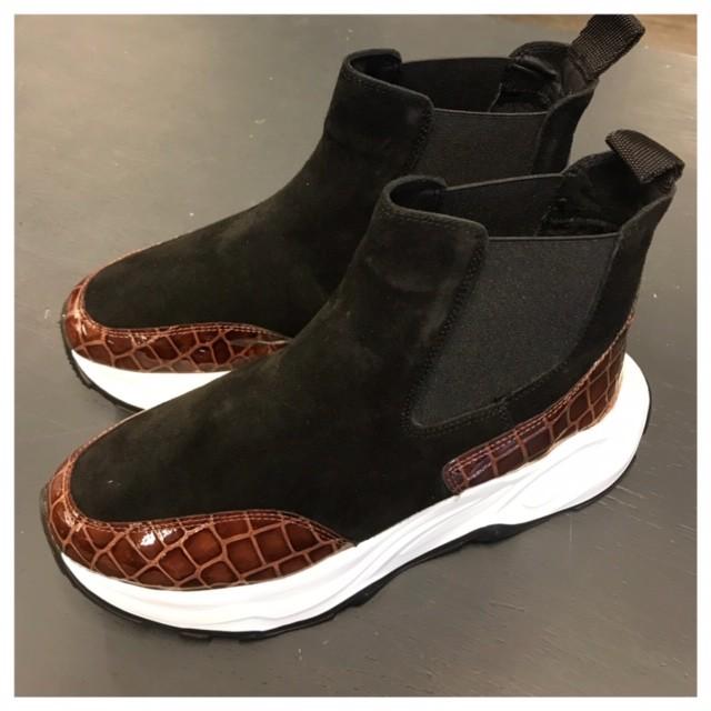 KMB. Tøffe boots