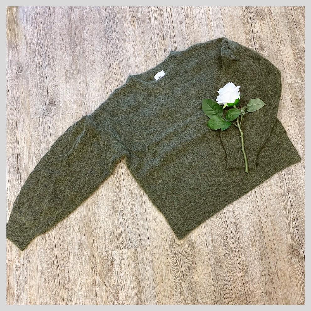 RAH. Quinn sweater